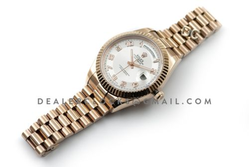 Day-Date II 218235 White Dial in Rose Gold