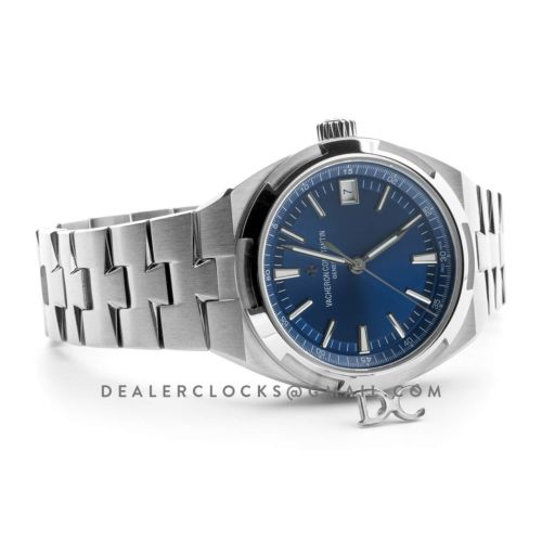 Overseas Automatic Blue Dial in Steel on Bracelet