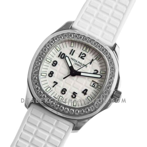 Aquanaut Luce 5067A-011 White Dial in Steel