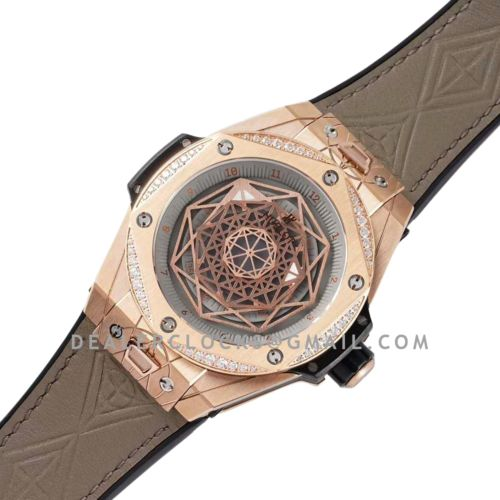 Big Bang Unico Sang Bleu in Rose Gold with Diamond Bezel on Brown Leather Strap
