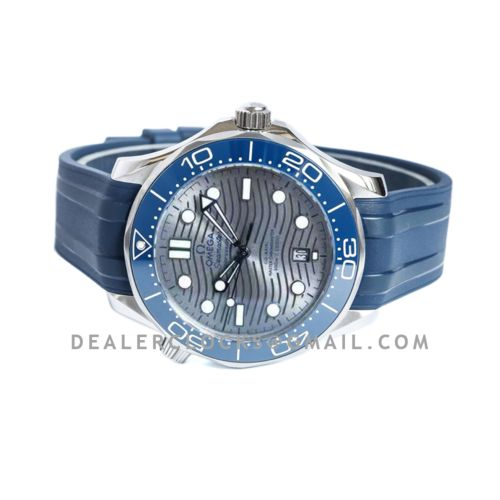 Seamaster Diver 300M Omega Co-Axial Master Chronometer 42mm Grey Dial with Blue Bezel on Rubber Strap
