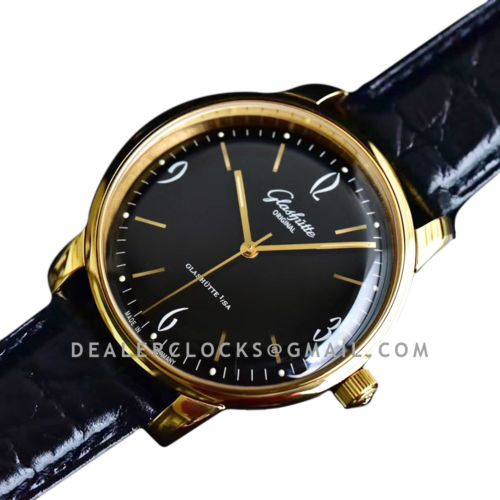 Sixties Black Dial in Rose Gold Ref: 1-39-52-02-01-04